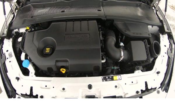 Jzguar E-PACE двигатель фото
