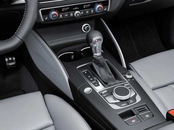 Audi A3 Sportback фото